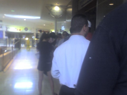 8AM queue at AT&T